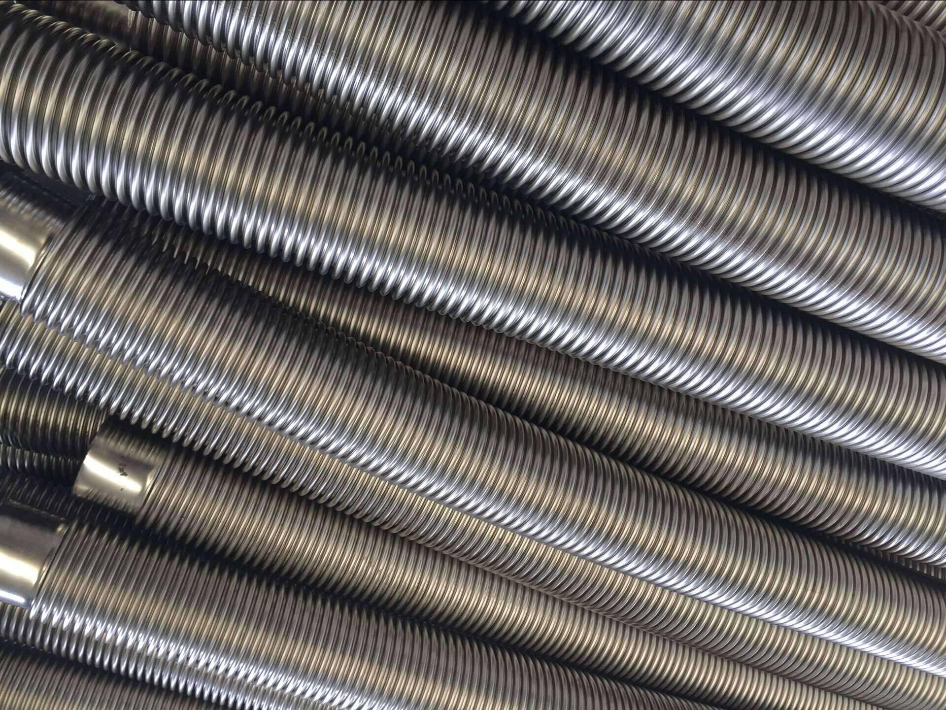 Annular convoluted flexible metal hoses