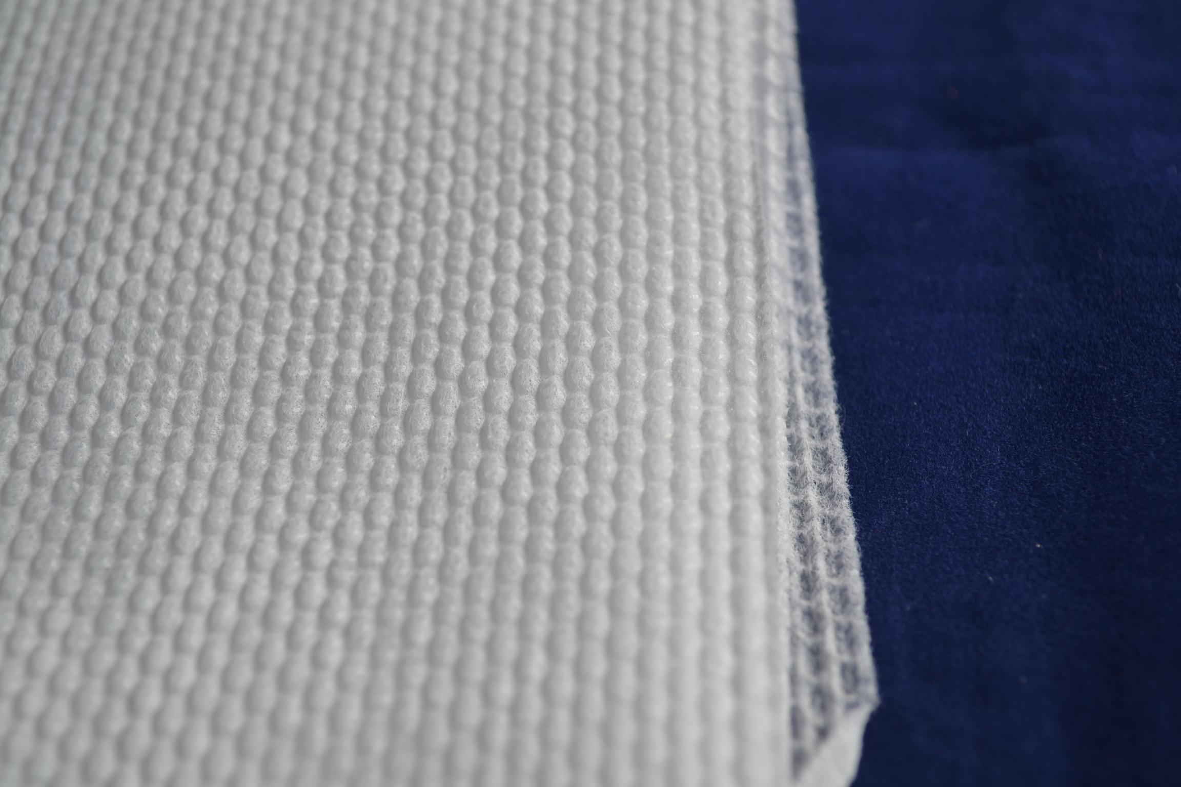 Soft Cloth Mesh Style Spunlace Nonwoven For Baby Diapers
