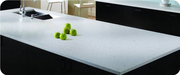 Quartz Stone Slab and Tile for Kitchen Countertop,Work Surfaces and Bathroom Vanity Top from China M