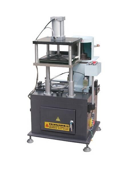 End-milling machine for aluminum door and window