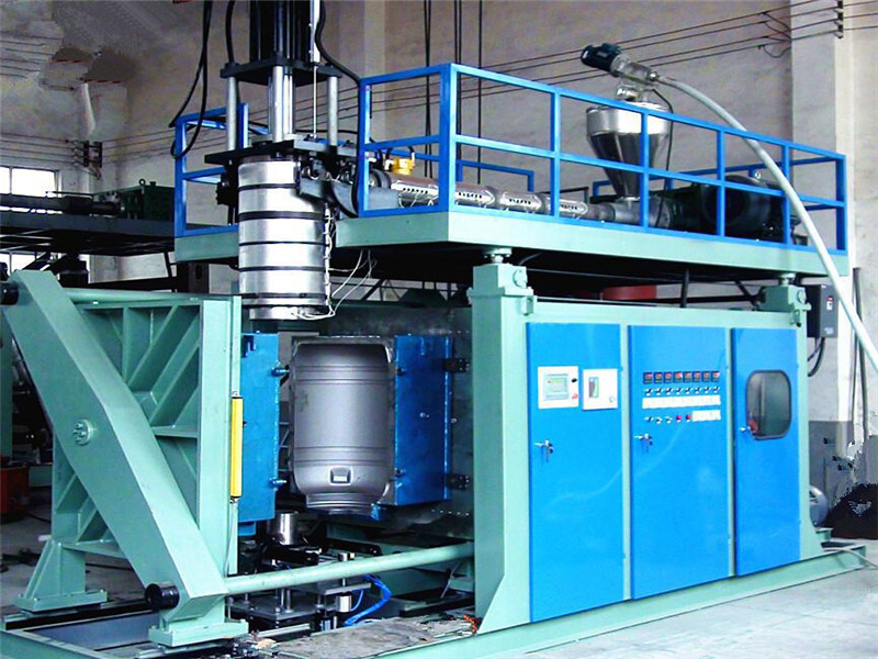 5000L water tank blowing machinery