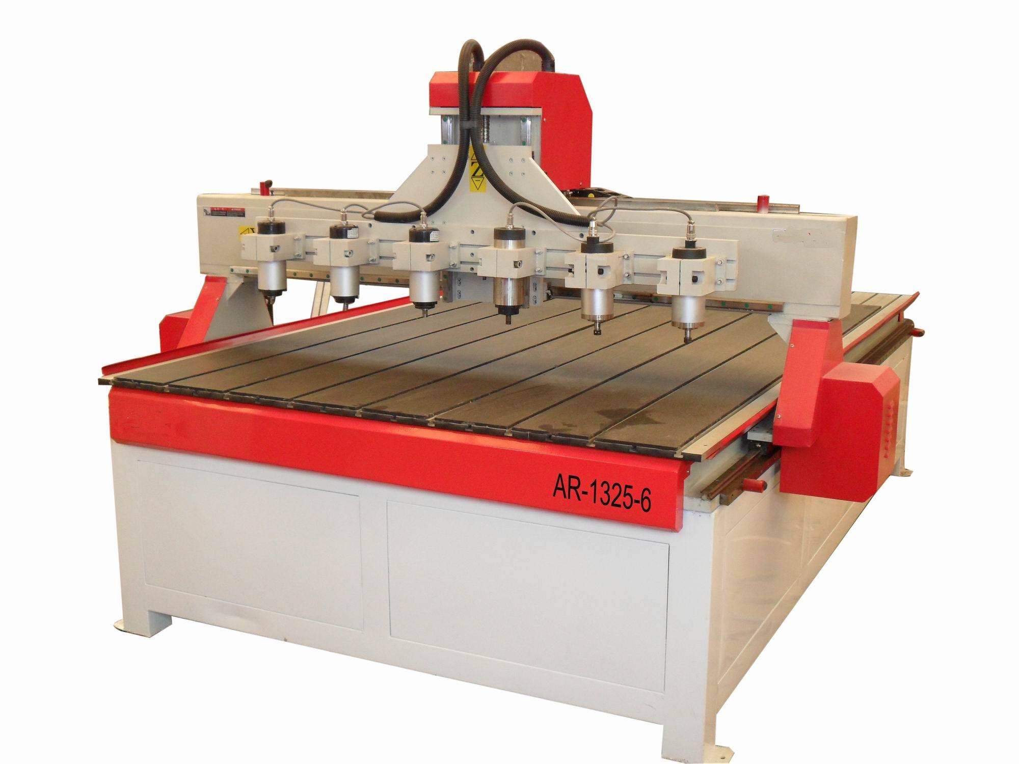 Multi-heads MDF CNC Cutting machine with HIWIN square linear guideway