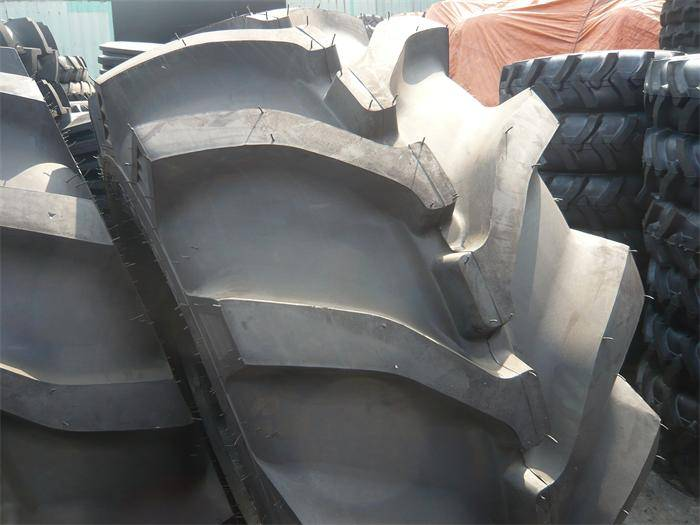 8.30-24 good performance agricultural tyre