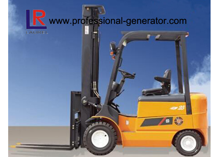ISO AC Motor 1.5 - 3T Four Wheels Electric Forklift Material Handling Equipment