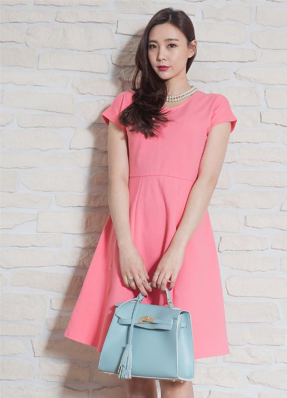 New Fashion High Quality women V Neck Short Sleeve Flare Casual Dress for ladies
