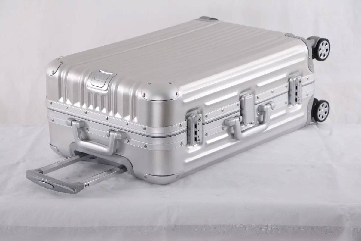 Claasic sliver aluminum luggage spinner caster with TSA lock