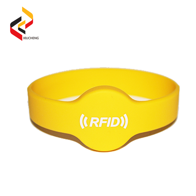 NTAG213 XC C02 Silicone Wristbands