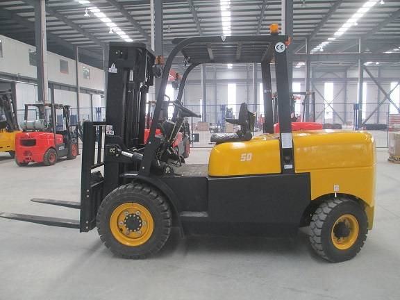 5T DIESEL FORKLIFT FROM CHINA(CPCD50F)