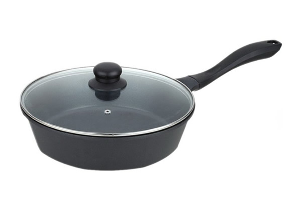 die-cast aluminium frying pan