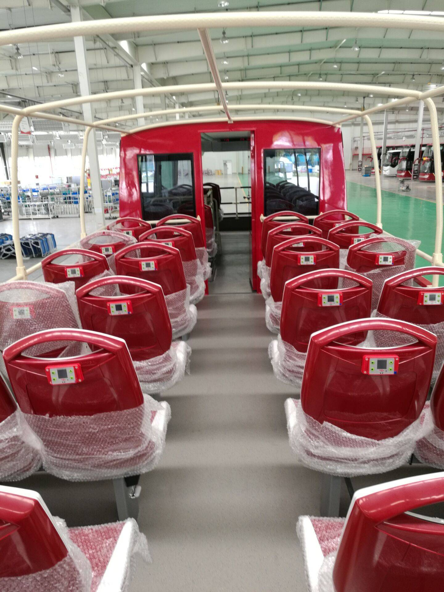 city sightseeing multilingual tour commentary
