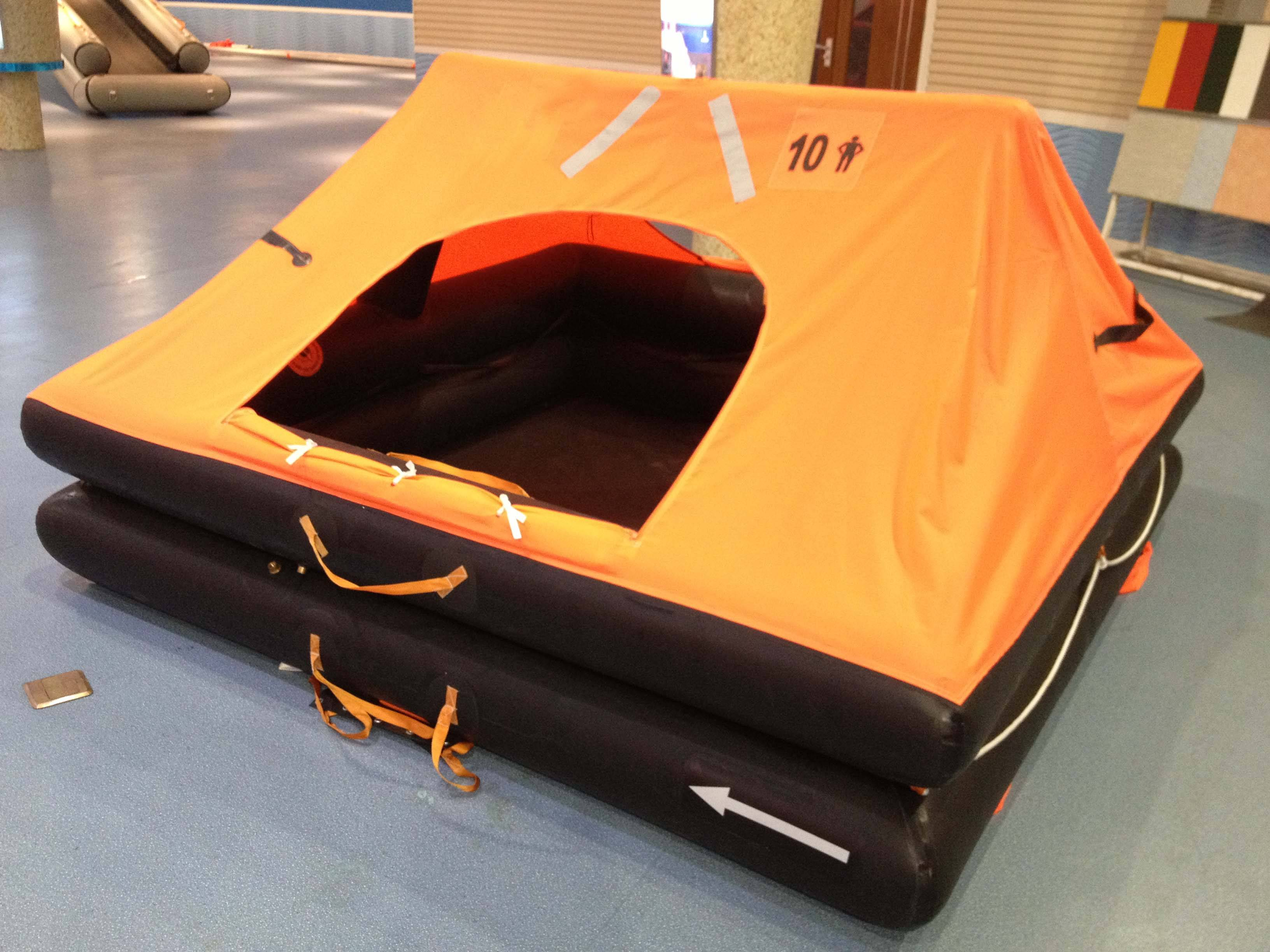 4 Persons marine offshore inflatable life raft
