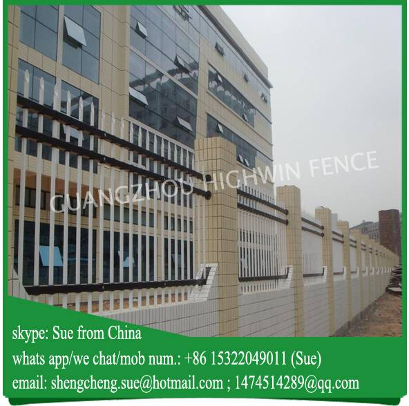 Netherlands Hot galvanized tubular steel boundary wall fence