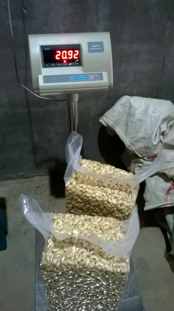 Raw Cashew Nuts From Tanzania