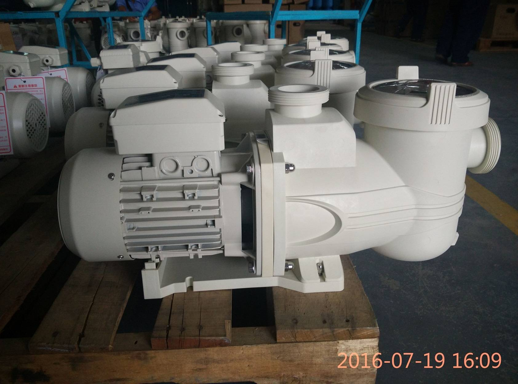 self-priming pump for swimming pool