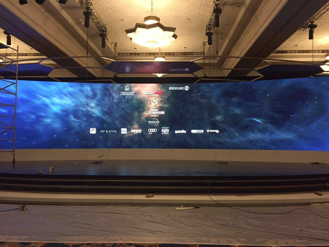 HD video smd advertising led wall indoor 4mm cabinets