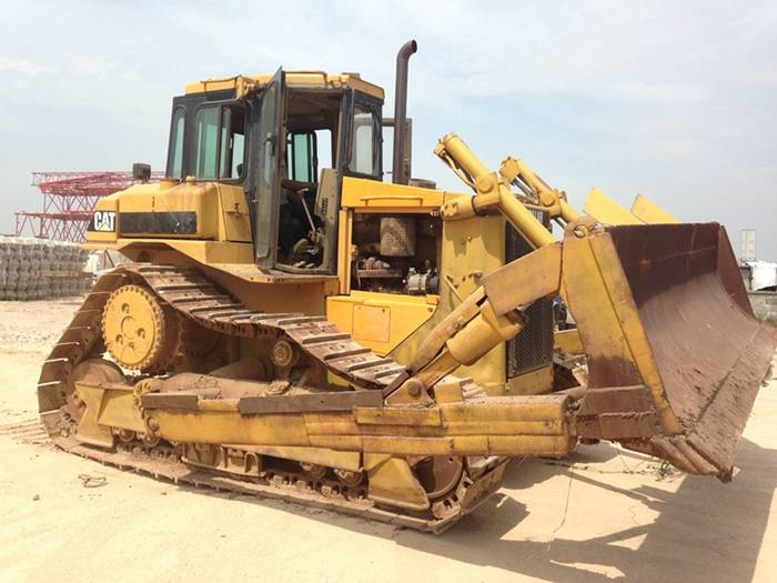 Used CAT D7H Crawler Bulldozer