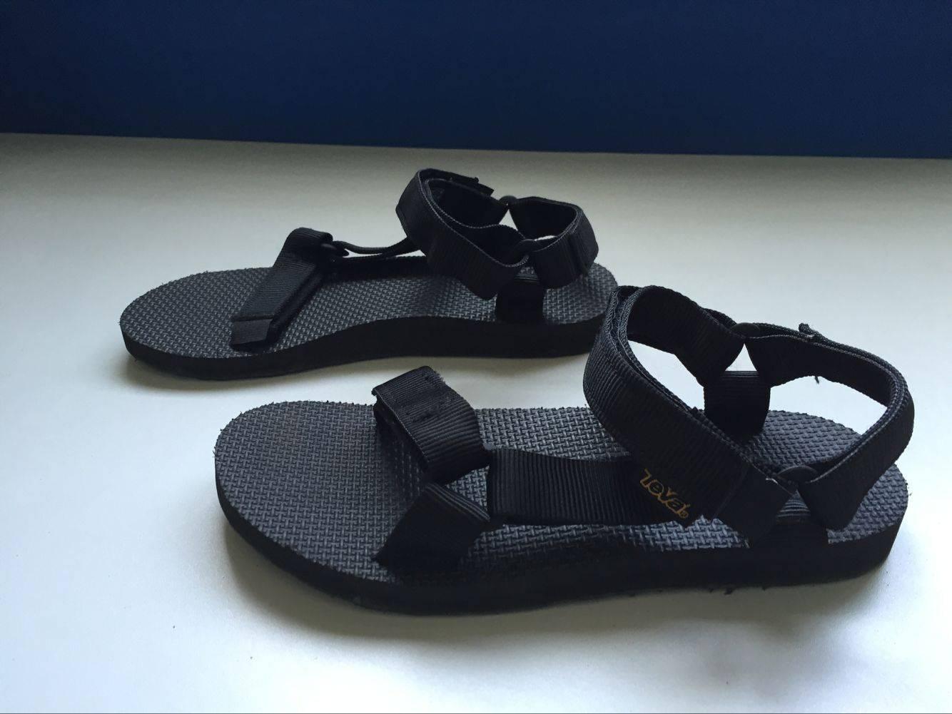 TEVA stocked beach Sandal