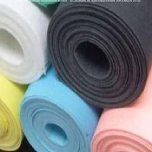 nonwoven carpet fabric