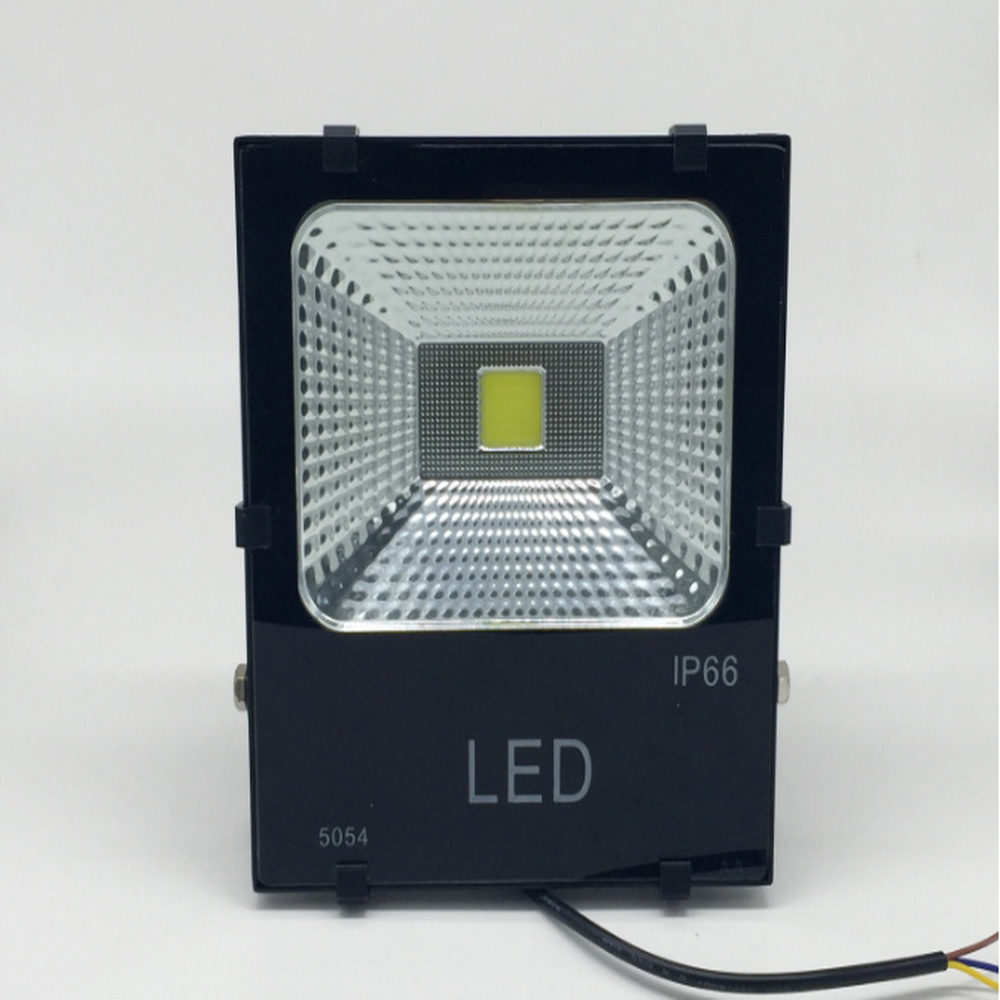 Hot selling Cool white ip65 cob outdoor 50w led flood light with 3 years Warranty