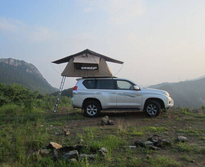 car rooftop tent for camping