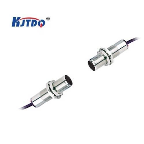M18 DC/AC photoelectric sensor