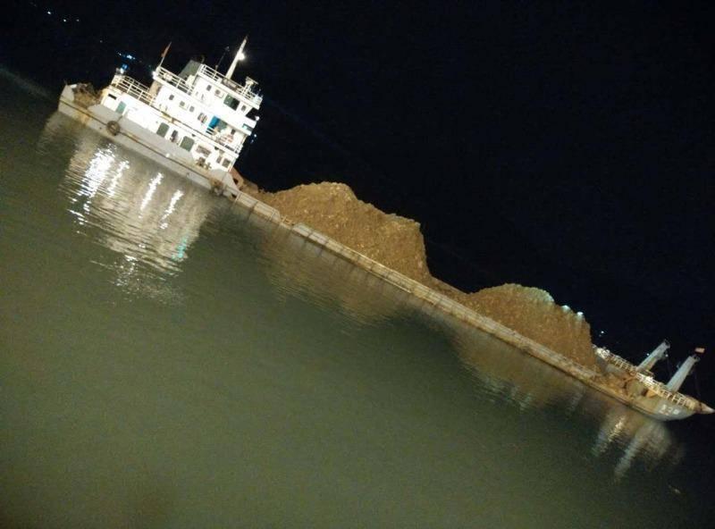 2500dwt Deck Barge