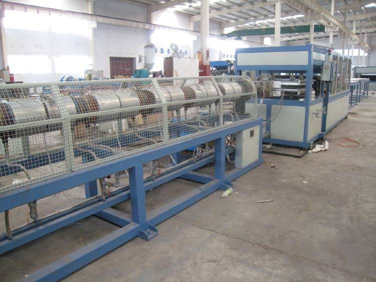 XPS foamed baord extrusion line