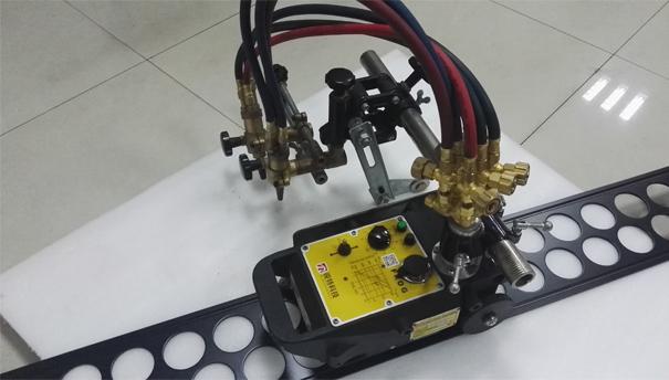 Frog Semi-Auto cutting machine
