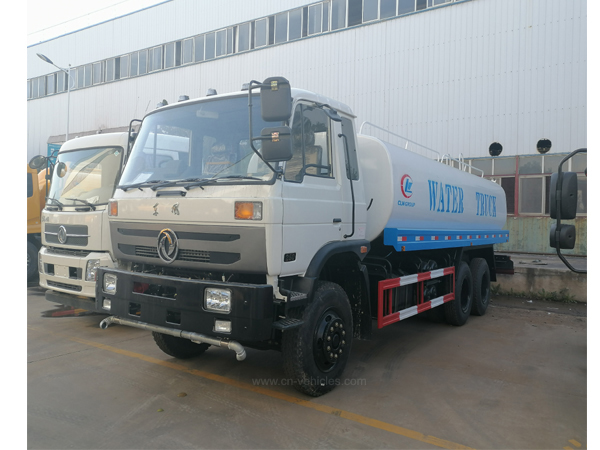 Dongfeng DFAC 3000Liter to 22000Liter Water Tanker Truck With Sprinkler