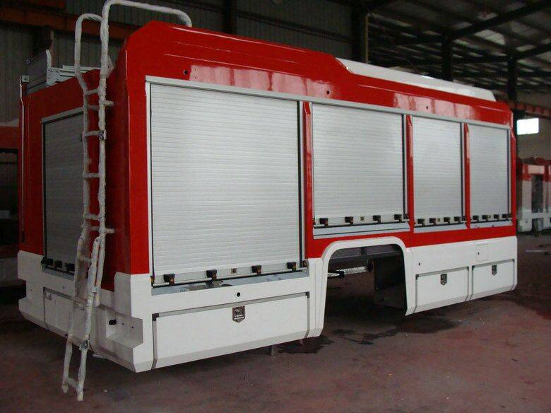 aluminum rolling shutter and utility vehicle equipment