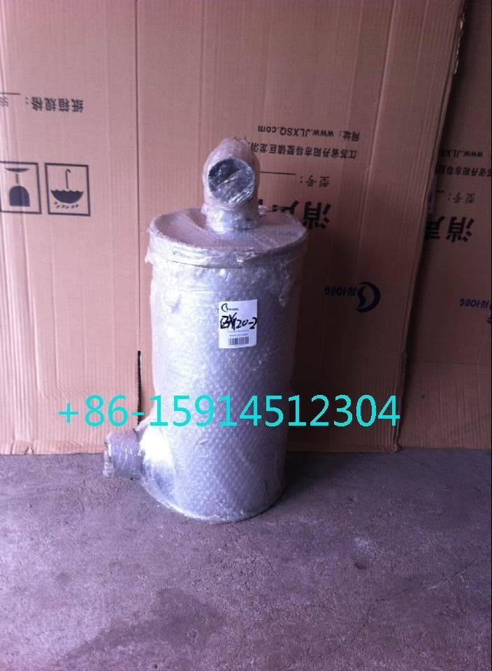 4265372 Hitachi EX120 muffler with tube