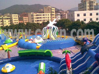 Giant Shark Inflatable Water Park with All Kinds of water games