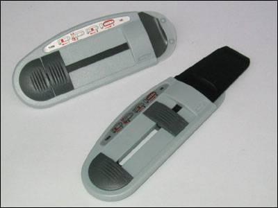 Manual film picker