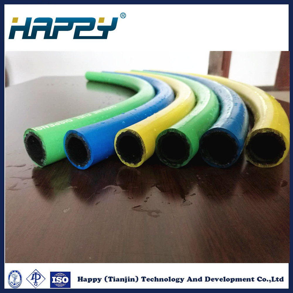 China Fiber Braided Rubber Hose for Fuel/Oil Delivery