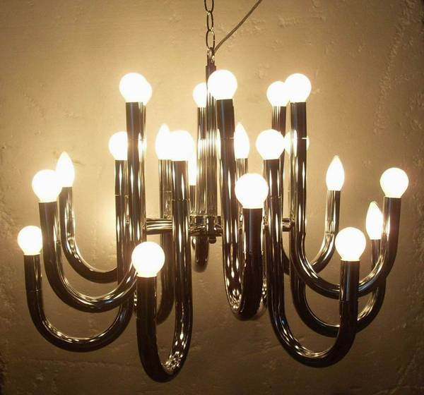 chrome chandeliers/24 ligfts chandeliers