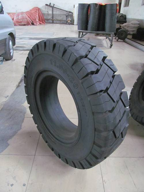 ANair Solid Tire 11.00-20, for Steel Mixing Car