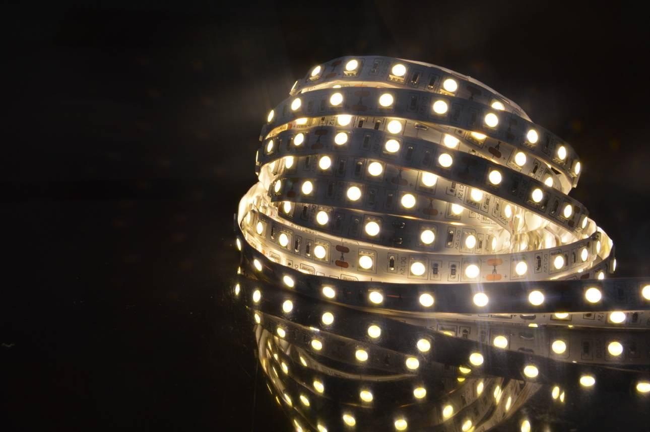 2016 Top selling LED flexible strip light 60LED/M SMD 3528 LED flexible strip light