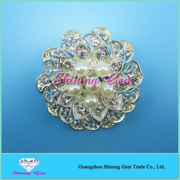 Shining rhinestone flower brooch for weddings