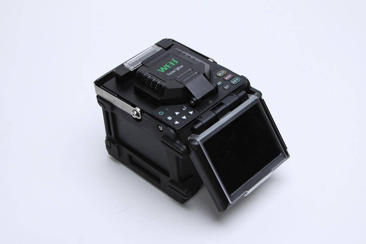 Web T1 Fiber Fusion Splicer with high capacity and pluggable battery
