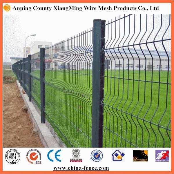 Red/Green/White/Black Color Coated 3D Fence Safety Fence
