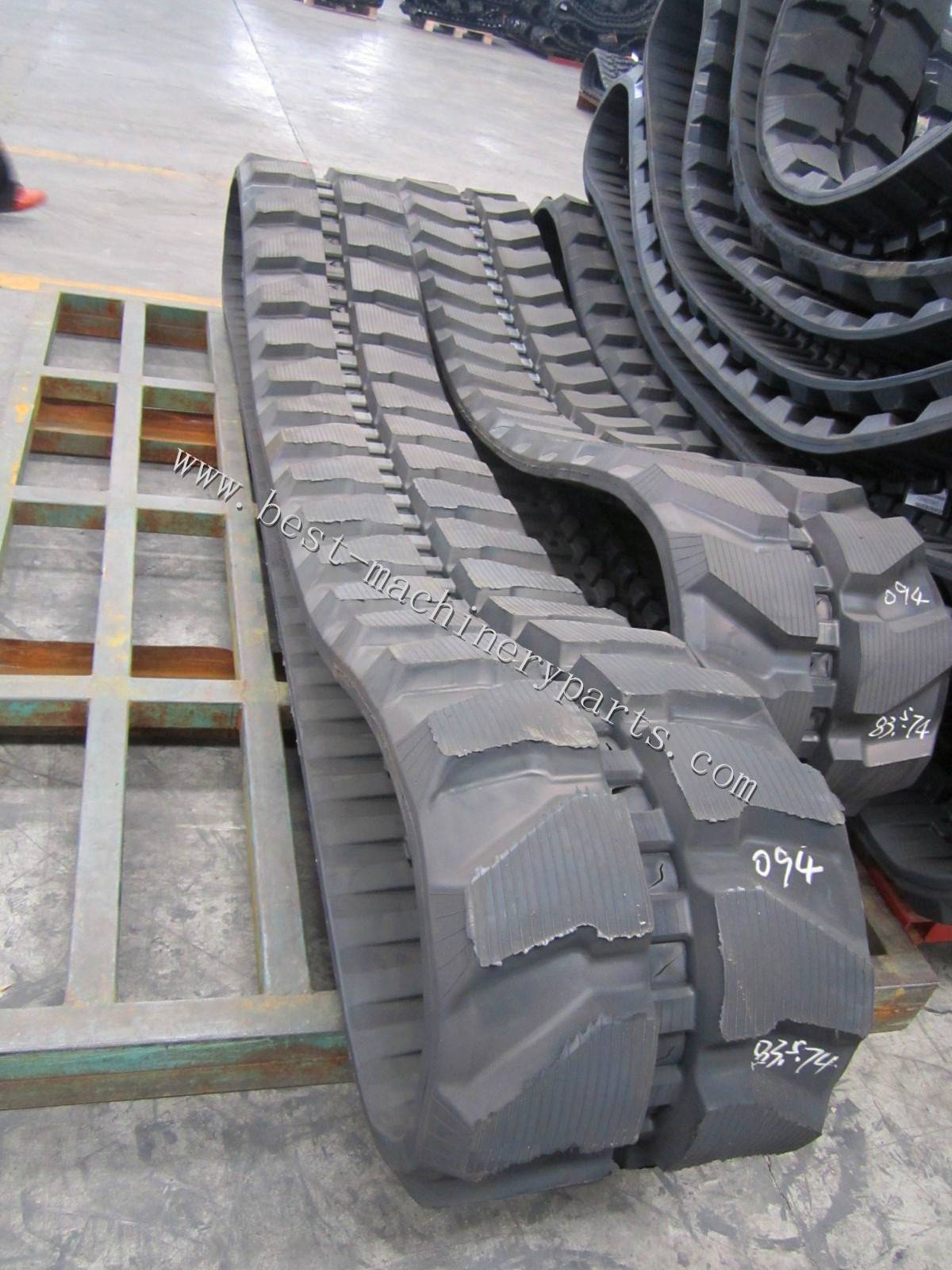 Kobelco SK60-3 Rubber track