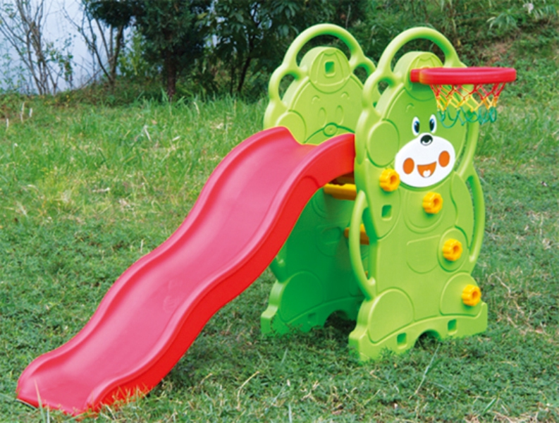 Affordable Comprehensive Toy Bear Slide Outdoor Playground Equipment for Kindergarten WD-W026