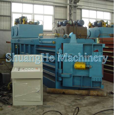 Semi-automatic horizontal baler 120tons