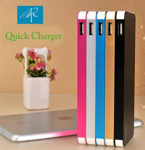 Mobile Phone Universal USB Power Bank 8000mAh Quick Charger Wholesale External Battery Charger