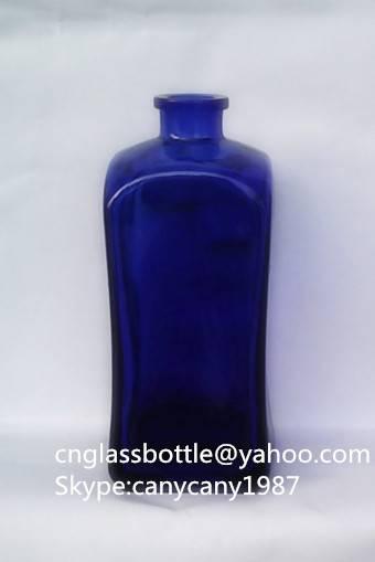 500ml cobalt blue glass vodka bottle