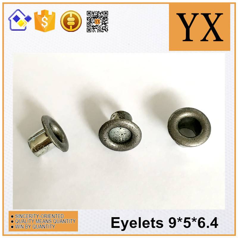 Round eyelet and garment for shoe lace