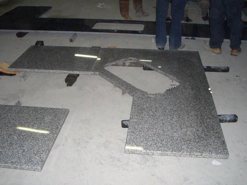 2013 Wholesale New Design Granite Kitchen Countertop