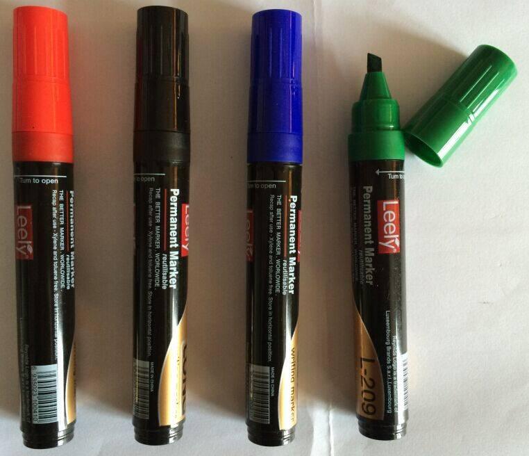 Classic Refillable Permanent Marker Pen