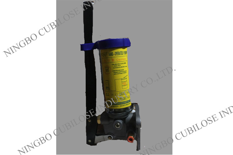 2L Manual Resistance Oil / Grease Lubrication System Pump for Injection Machine