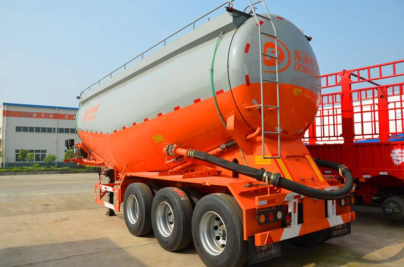 3 axle tanker semi trailer for bulk cement transportation